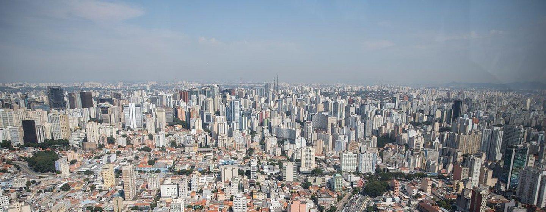 A cidade de São Paulo, no Brasil, junto com a Cidade do México, ocupam o quarto lugar na lista de cidades com maior número de habitantes no mundo.