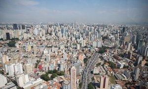 O Brasil ocupa a 74ª no rankind do mercado de compra e venda online.