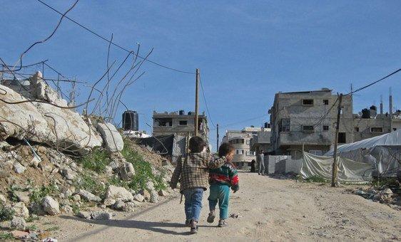 Crianças em Gaza, onde a Unrwa assiste cerca de 1 milhão de refugiados palestinos