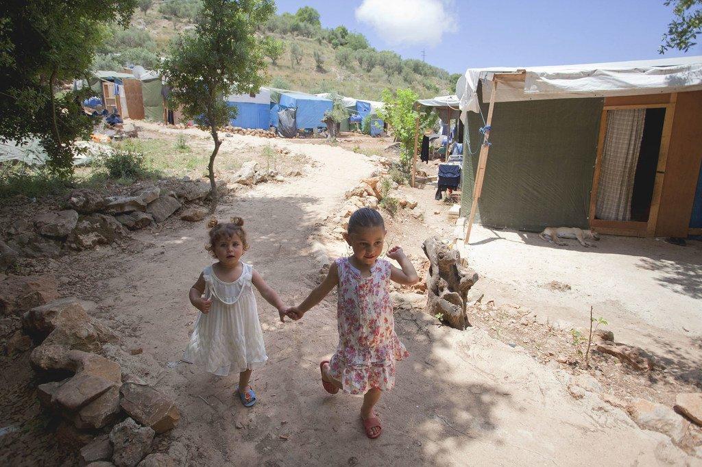 黎巴嫩贝鲁特郊外难民营里的叙利亚难民儿童。