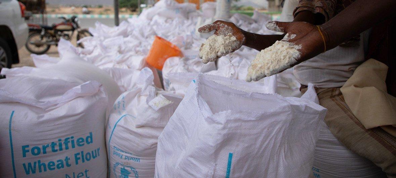 Партия продовольствия, доставленная ВПП в лагерь Худаиш в Йемене. 13 июня 2019 года.