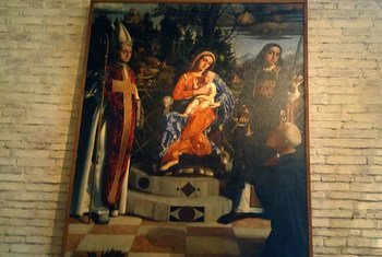 لوحة في إحدى الكنائس.