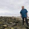 Le Secrétaire général des Nations Unies, António Guterres, s'est rendu sur l'île basse de Tuvalu en mai 2019 pour voir comment les pays de l'océan Pacifique seraient affectés par la montée du niveau de la mer.