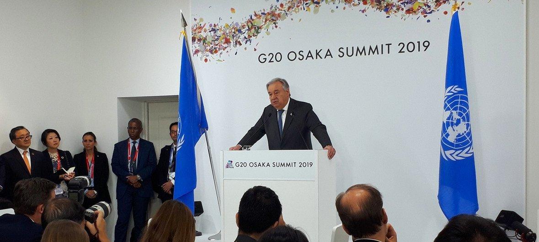 Katibu Mkuu wa Umoja wa Mataifa Antonio Guterres akihutubia waandishi wa habari kabla ya kushiriki mkutano wa G20 Osaka Japan (Tarehe 28 Juni 2019)