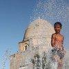 Предстоящее лето обещает быть долгим и жарким, поэтому необходимо принять меры по защите от возможных последствий такой погоды для здоровья людей. На фото: Самарканд, Узбекистан