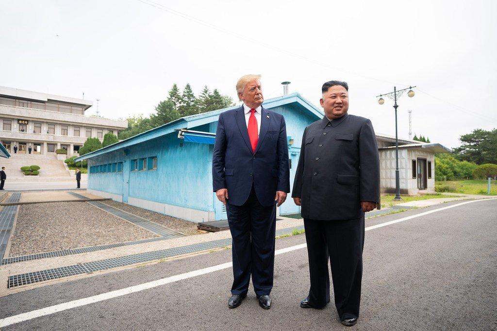 美国总统特朗普与朝鲜最高领导人金正恩。