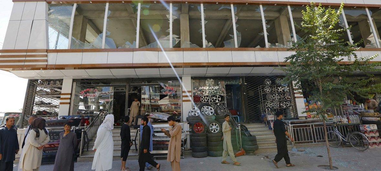 Prédio em Cabul após ataque reivindicado pelo Talebã há dois anos