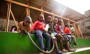 Kona ya watoto ni eneo la michezo linalosimamiwa na kikundi cha vijana cha uhifadhi wa mazingira ya eneo la Mathare, huko Mlango Kubwa, kitongoji cha Mathare cha mji mkuu wa Kenya, Nairobi