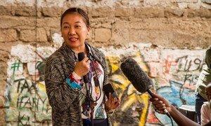 Kazumi Ogawa, Mnadhimu Mkuu wa UN-Habitat akizungumza wakati wa ufunguzi wa kona ya watoto kwenye makazi duni ya Mathare jijini Nairobi, Kenya. (20 June 2019)