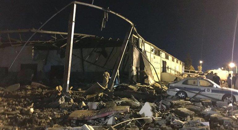 آثار الهجوم المدمر على مركز احتجاز تاجوراء شرق العاصمة الليبية طرابلس. 2 تموز/يوليو 2019.