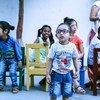 यूनेस्को की ताज़ा रिपोर्ट के अनुसार भारत में विकलांग बच्चों की शिक्षा के रास्ते में अब भी बहुत सी अड़चने हैं.