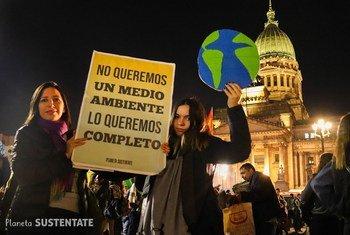 Los jóvenes argentinos están luchando para conseguir frenar el cambio climático.