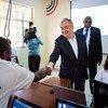 O secretário-geral António Guterres visita um Centro de Formação em Kamakunji, no Quénia.