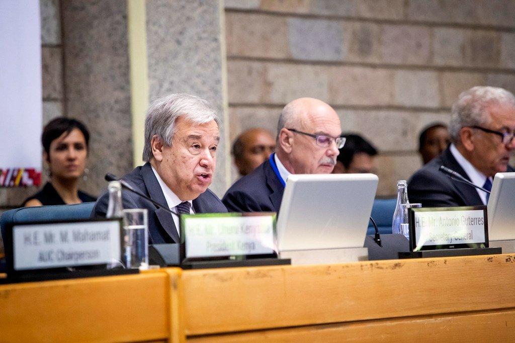 Le Secrétaire général de l'ONU António Guterres s'adresse à la Conférence régionale africaine de haut niveau sur la lutte contre le terrorisme et la prévention de l'extrémisme violent propice au terrorisme. (10 juillet 2019)