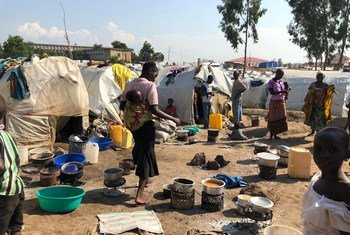 Chanjo ya kupambana na mlipuko wa surua inafanyika katika kambi hii ya wakimbizi wa ndani ya Bunia nchini Congo DRC, (Julai 2019)