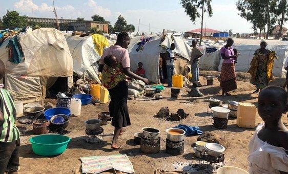 La campaña de vacunación para contener el sarampión en la República Democrática del Congo comenzó en los campamentos de desplazados en Bunia, en la provincia de Ituri.