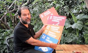 El chef mexicano Enrique Olvera nos abre las puertas de su restaurante, Pujol, desde donde pide el cumplimiento de los Objetivos de Desarrollo Sostenible.