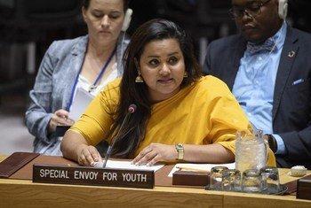 Jayathma Wickramanayak, enviada del Secretario General para la Juventud, habla en el Consejo de Seguridad.