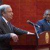 O secretário-geral António Guterres e H.E. Sr. Filipe Nyusi Presidente de Moçambique durante a conferência de Imprensa.