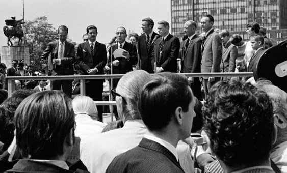 American astronauts Neil Armstrong, Col. Edwin E. Aldrin, Jr. and Col. Michael Collins of Apollo 11, the first men to land on the moon, visited the United Nations where they attended a ceremony in their honour at the North Plaza of the United Nations General Assembly Building. (13 August 1969)