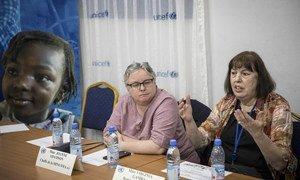 Réunion de travail de la Représentante spéciale du Secrétaire général des Nations Unies pour les enfants et les conflits armés, Virginia Gamba avec les acteurs humanitaires au bureau régional de l'UNICEF à Sévaré.