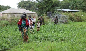 MONUSCO inasaidia wadau wengine katika harakati za uhamasishaji wa wapiganaji wa zamani wa FDLR na wanafamilia wao kwenye kambi tatu huko Kayanbayonga, Walungu na Kisangani.