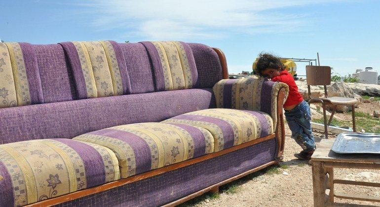 На Западном берегу за последний год семью этой трехлетней девочки уже дважды переселяли.