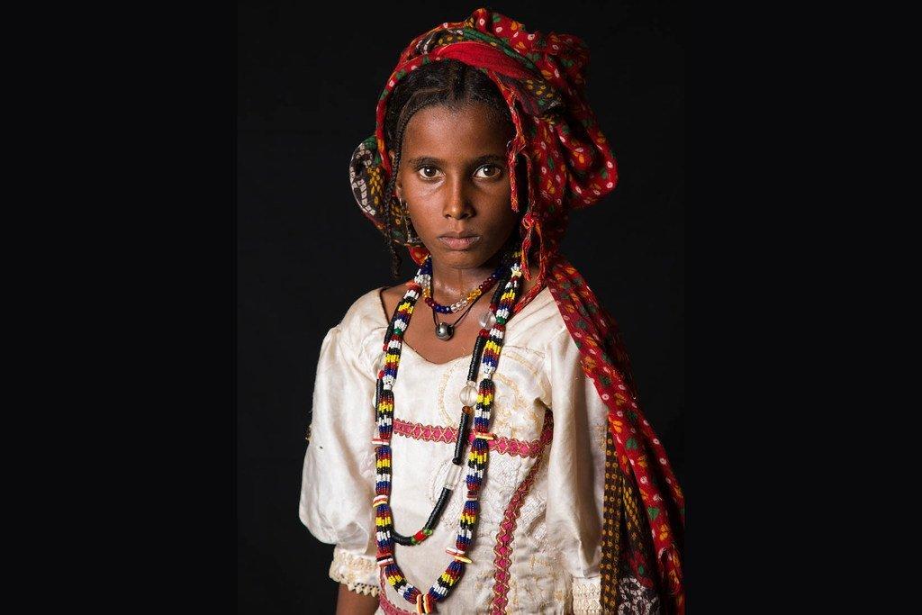 10岁的法蒂姆来自乍得,她想成为珠宝商。