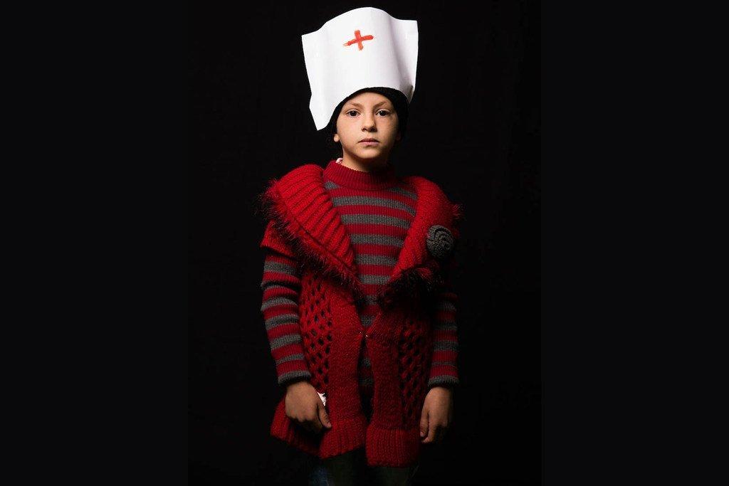 10岁的吉娜(Gheena)来自伊拉克,她想成为一名护士。