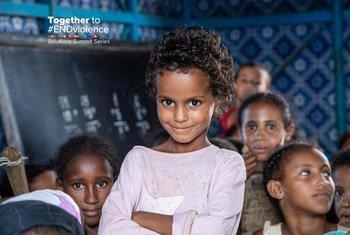 Un milliard d'enfants souffrent de la violence chaque année.  « Ensemble pour mettre fin à la violence ». Together to #ENDviolence, une campagne mondiale et une série de sommets sur les solutions, compte changer cela.